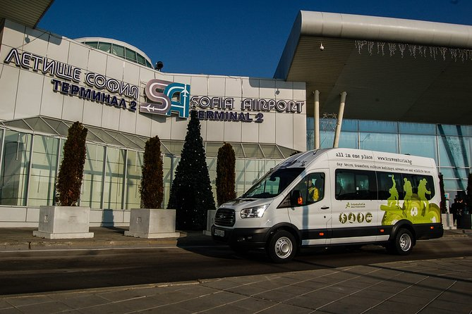 Shared Departure Transfer: Borovets to Sofia Airport