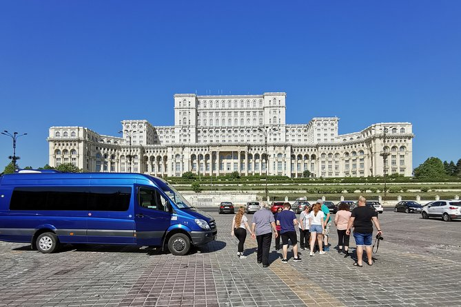 Bucharest Highlights Half-Day City Tour with Pickup