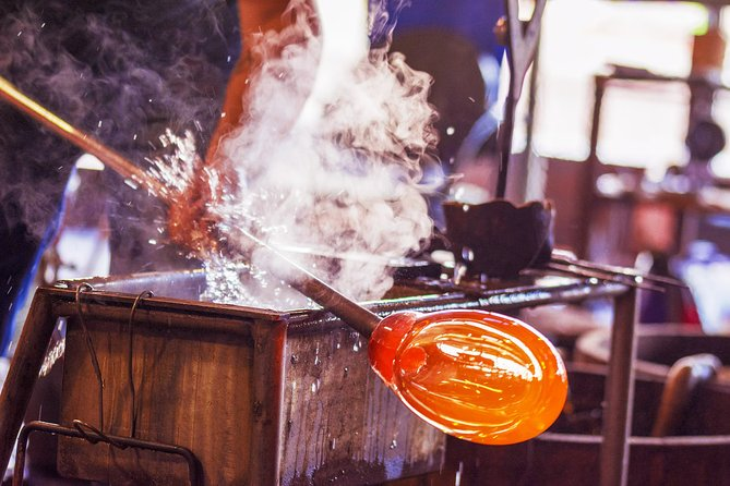 Private Family tour in Murano with glass factory visit