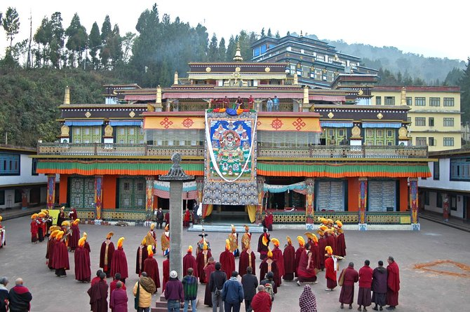 Private 4 Day Tour To Gangtok Hill And Buddhist Monasteries