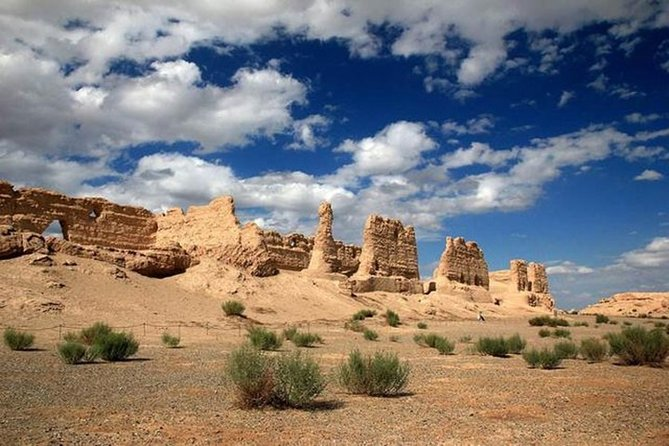 Private Dunhuang Day Tour to Yardan Park, Yumenguan & Yangguan Pass
