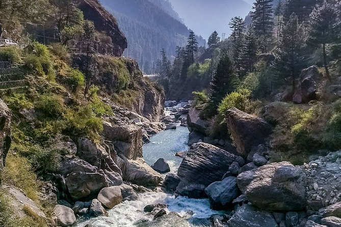 Kasol Kheerganga Trek 5-Day Tour from Delhi with 2 Nights Camp