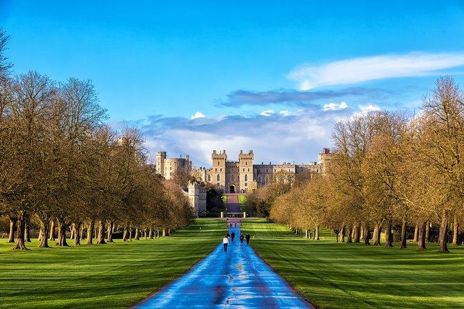 Hampton Court Palace & Windsor Castle Private Car Tour from London