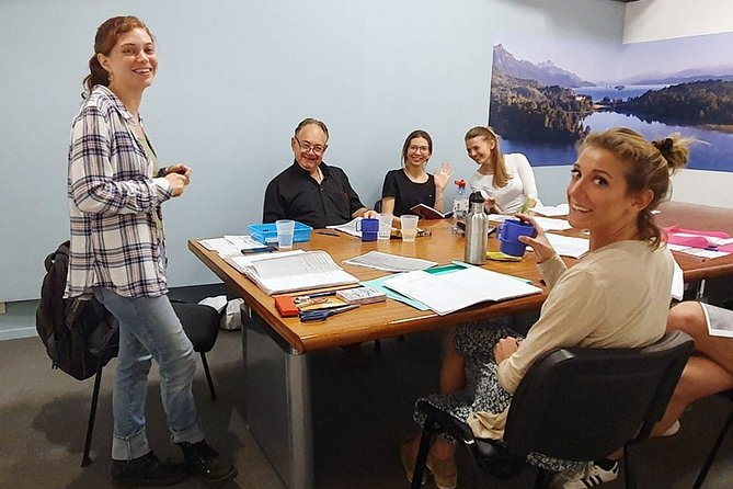 English Classes with Native Teachers | Come on English Academy