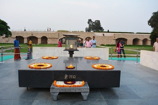 Perfect & Amazing 5 Days Golden Triangle Tour{Taj Mahal at Sunset and Sunrise}