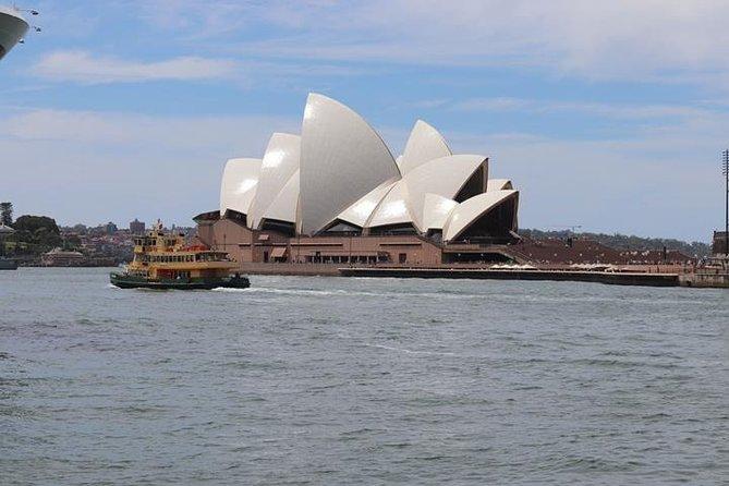 Private Sydney City & Bondi Beach Half Day Tour