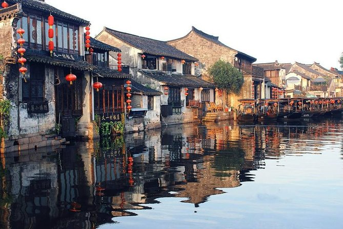 2-Day Private Tour of Shanghai and Suzhou with Lunch