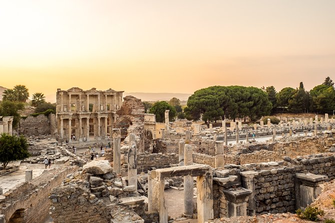 Ephesus Full-Day Tour from Istanbul by Plane with Antique City