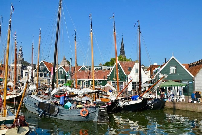 Edam & Volendam: the Dams | Coronaproof Small Public Tour from Amsterdam