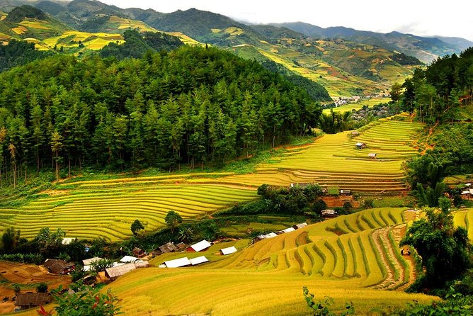 2-Day Mai Chau Small-Group Tour from Hanoi with Lunch