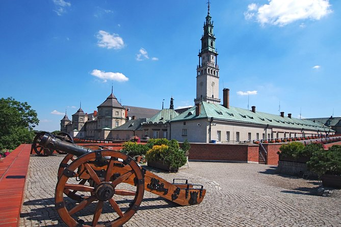 Full-Day tour to Black Madonna in Częstochowa from Cracow