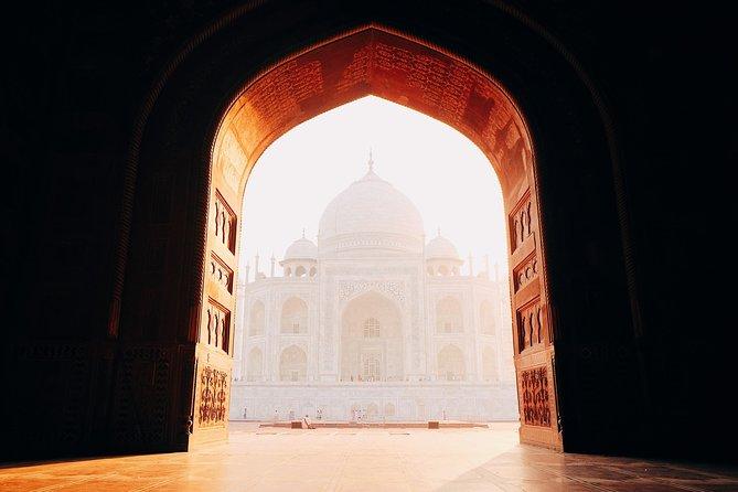 Wonderful Experience Taj Mahal At Sunrise Tour From Delhi