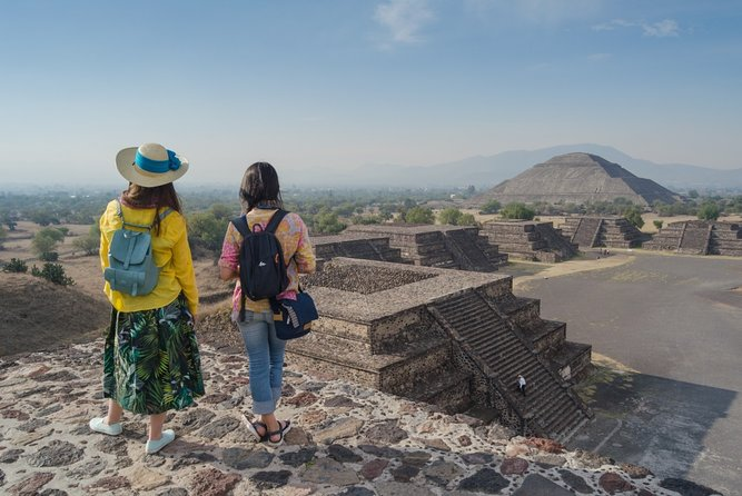 Historical and archeological Teotihuacan from CDMX