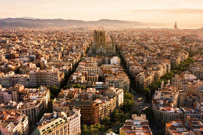 Exclusive Barcelona Airport Private Transfer Mercedes E-Class