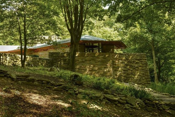 Fallingwater and Kentuck Knob - Two Visions of Frank Lloyd Wright