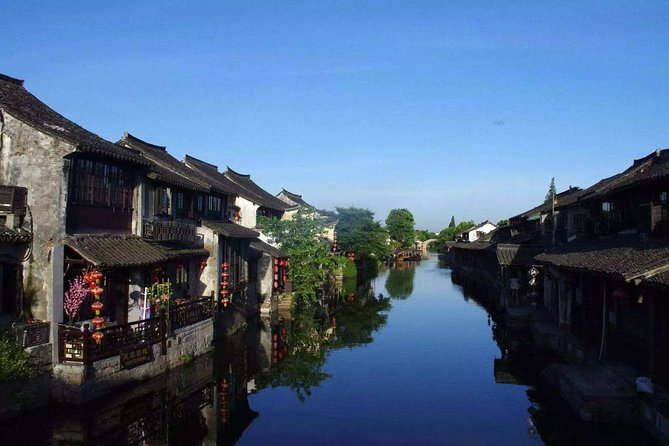 4-Day Private Tour to Shanghai and Suzhou Tongli with Lunch
