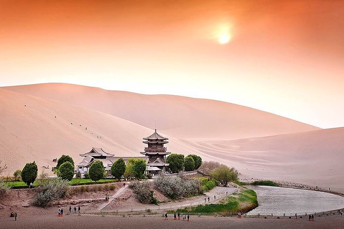 3 Day Private Silk Road Tour from Chengdu:Highlights of Xi'an,Jiayuguan,Dunhuang