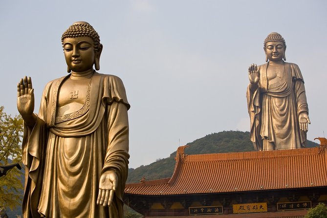 Private Transfer between Wuxi Lingshan Buddhist Scenic Spot and Train Station