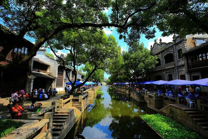 Half-Day Private Tour of Huishan Old Town and Jichang Garden
