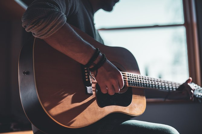 Basics of Spanish Guitar Virtual Private Music Class Experience