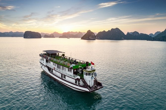 Ha Long Bay 3D2N on a 3-Star Cruise