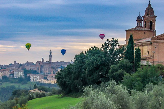 Guided Walking Tour Highlights of Siena with Sweets Tasting