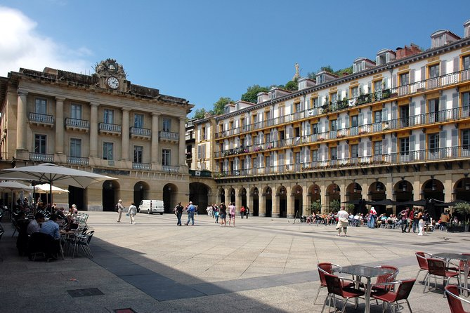 Private 4-hour City Tour of San Sebastian with Hotel or Cruise Port pick-up