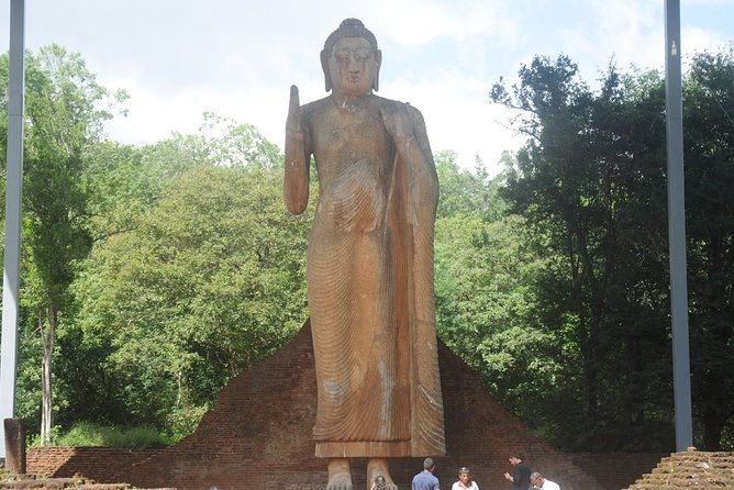 Private Arugam Bay Historical Day Tour from Ella with Transfer