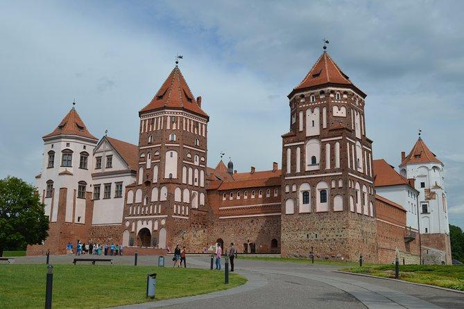 Mir, Novogrudok, Lyubcha famous castles - private tour from Minsk