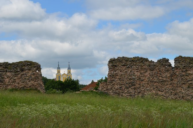 Private Tour to Belarusian Castles and Struve Geodetic Arc