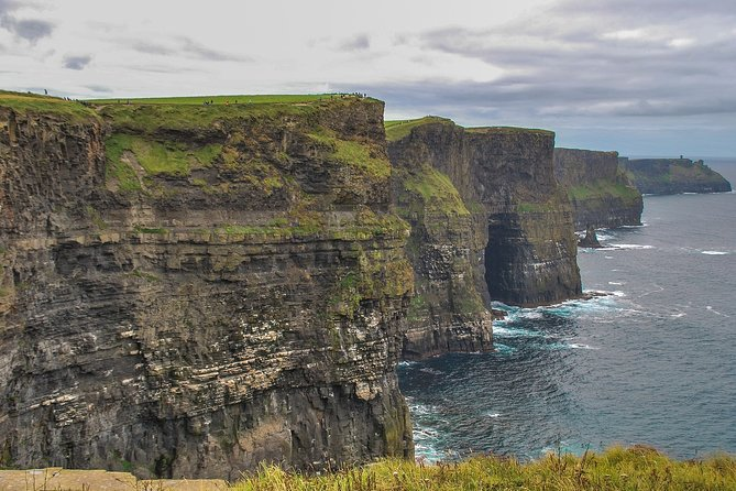 Shannon Airport to Galway City via Breathtaking Cliffs of Moher Private Tour