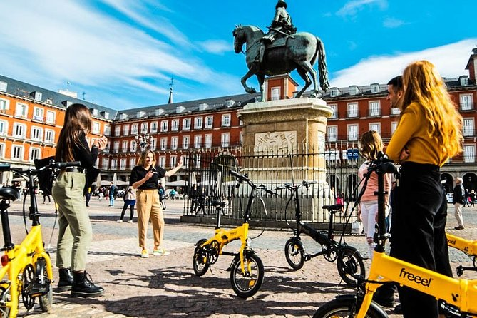 Madrid City and Parks Ebike Tour