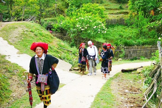 3-Day Tour from Hanoi of Mai Chau and Kim Boi Hot Spring