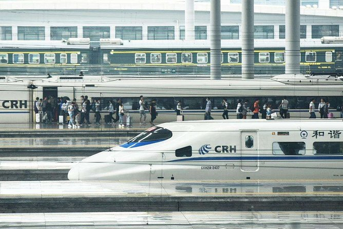 Private Departure Transfer to Wuxi Railway Station from City Hotel