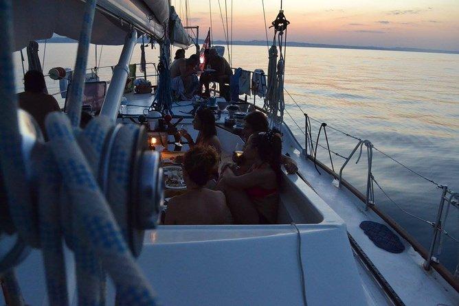 Sailboat ride with fish aperitif