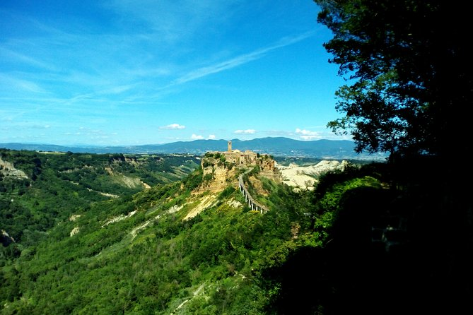 Private Orvieto and Civita di Bagnoregio Historical Day Tour