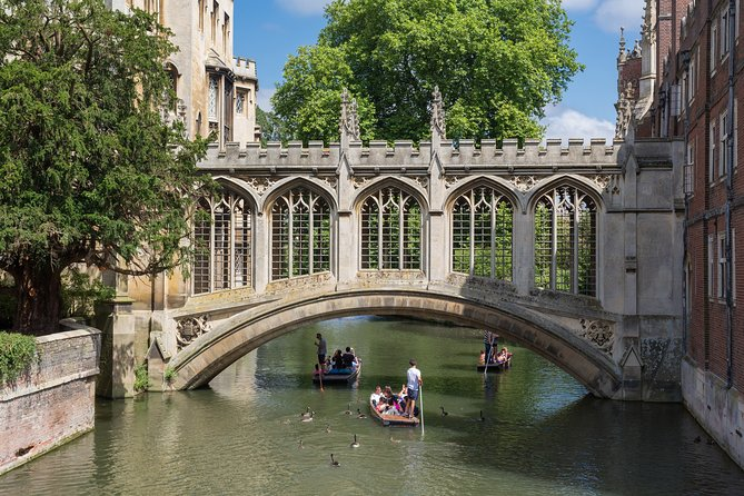 Full-Day Private Guided Tour of Cambridge