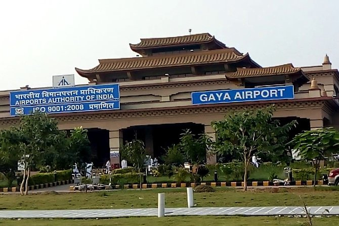 Rajgir Transfer from Patna or Gaya Airport in Private Car