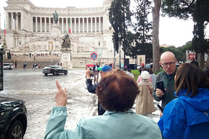 Rome Highlights Full-Day Guided Tour with Pickup and Lunch