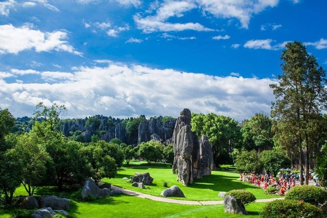 Kunming Round Trip Private Transfer to Stone Forest