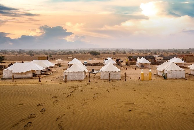 3-Day Rajasthan Desert Private Cultural Tour with Camel Ride