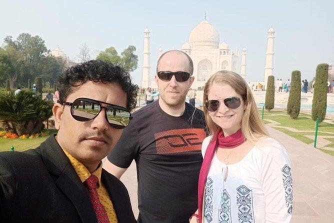 Taj Mahal Day Tour by Gatimaan Express Train