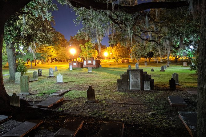 Old Scratch Walking Savannah's Dark Secrets Evening Tour