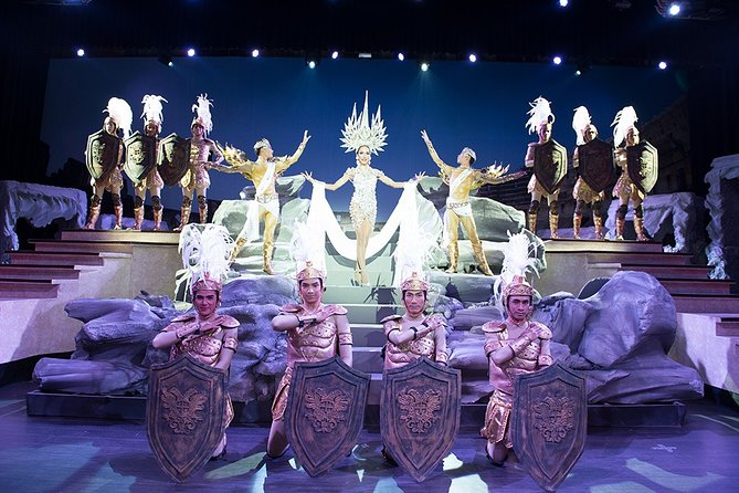 Pattaya: Colosseum Cabaret Show Skip-the-Line Ticket