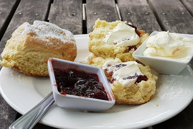 Dandenong Ranges and Rayners Orchard Tour from Melbourne