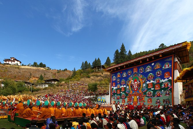 Bhutan 8-Day Private Sightseeing Tour from Paro with Meals