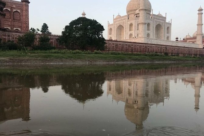 Taj Mahal & Agra Fort Tour by Car From Delhi