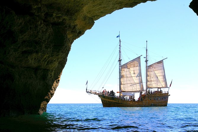 Morning Caves Expedition Tour from Portimao