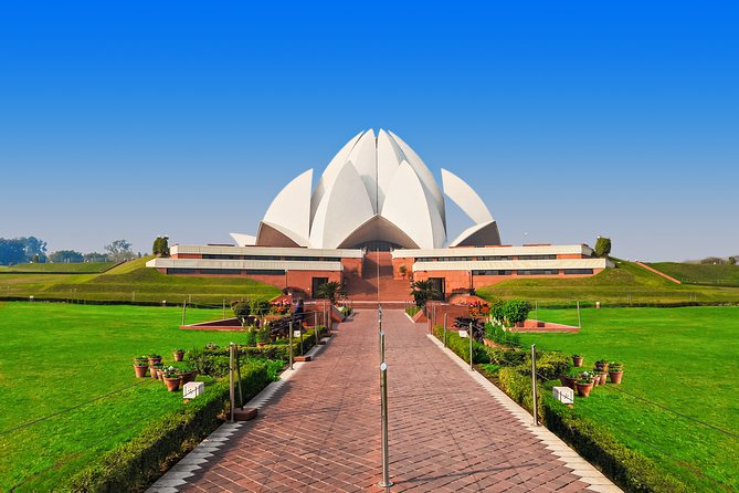 Religions of India (Guided Half Day Sightseeing City Tour Delhi)