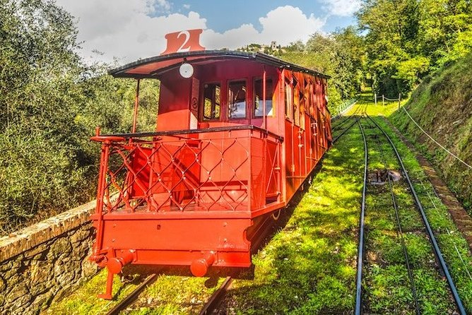 Valdinievole and Lucca Tour with Funicular Ride in Montecatini